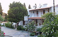 Giannis Apartments, Pisses, Kea, Cyclades Islands, Greek Islands Hotels