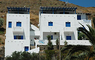 Martinos Studios, Hotels and Apartments in Kythnos Island, Holidays in Greece
