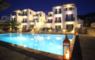 Remvi Studios And Apartments, Galissas, Syros island, with swimming pool