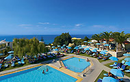 Rethymno Mare Hotel big complex near the sea with big pool