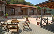Guest House To Balkoni Tou Evinou, Famila Elatou, Central Greece.