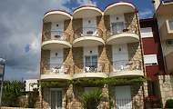 Giorgio Apartments, Hotels and Apartments in Halkidiki, Kallithea, Holidays in Greece