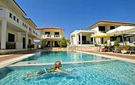 Kourtis Hawaii Rooms, Karioti, Paramithia, Epiros, North Greece Hotels