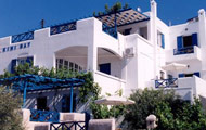Holidays in Greece, Travel to Greek Islands, Cyclades, Hotels in Syros, Kini Bay Hotel Apartments