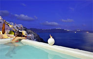 Residence Suites Hotel,Kiklades,Santorini,Ia,Volcano,with pool ,bar,garden