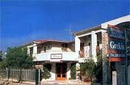 Grekis Apartments,Peloponnese,Petalidi,Messinia,Messiniakos Bay,Beach,With Pool,Garden.