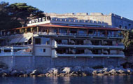 Karalis Beach Hotel, Pylos, Kalamata, Messinia, Castle